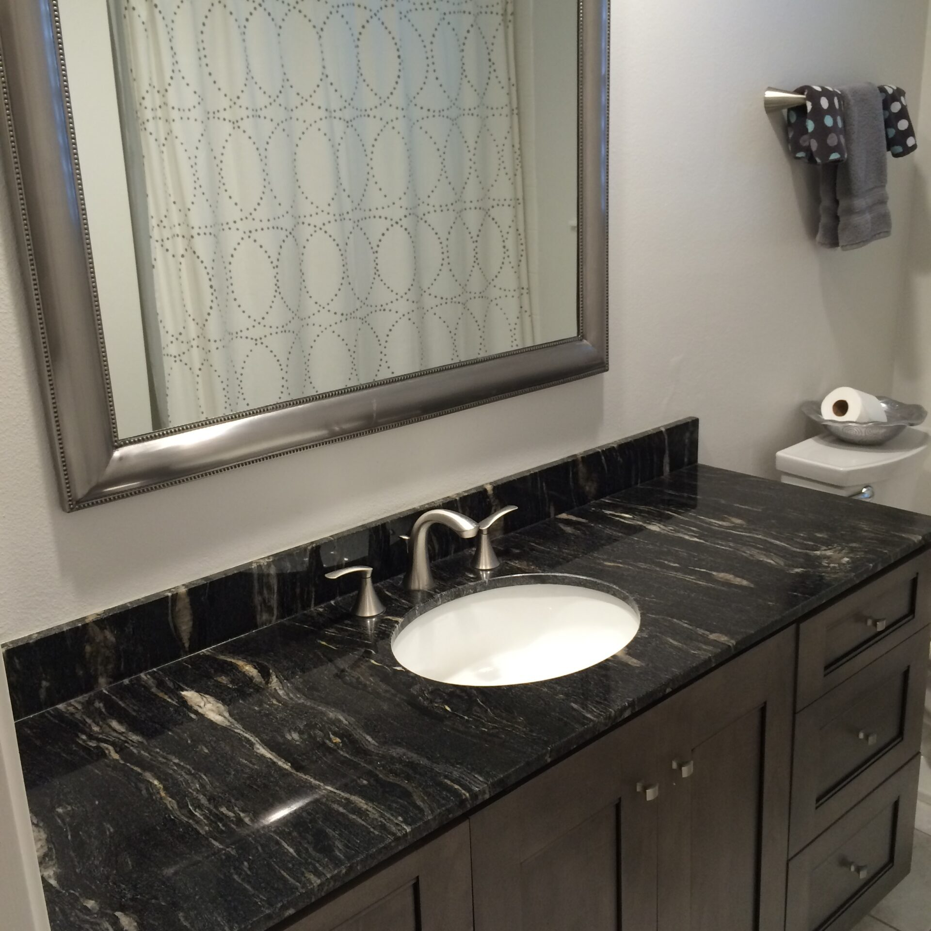Bathroom Makeover in Middlebrook of Clear Lake